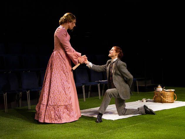 Jed Peterson (Gwendolen) and Kristen Calgaro (Jack) in New York Classical Theatre's reversed-gender The Importance of Being Earnest