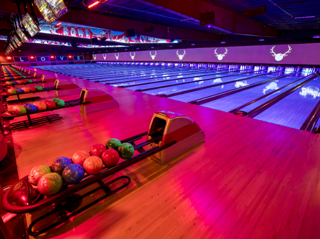 Win the ultimate bowling party for you and your friends