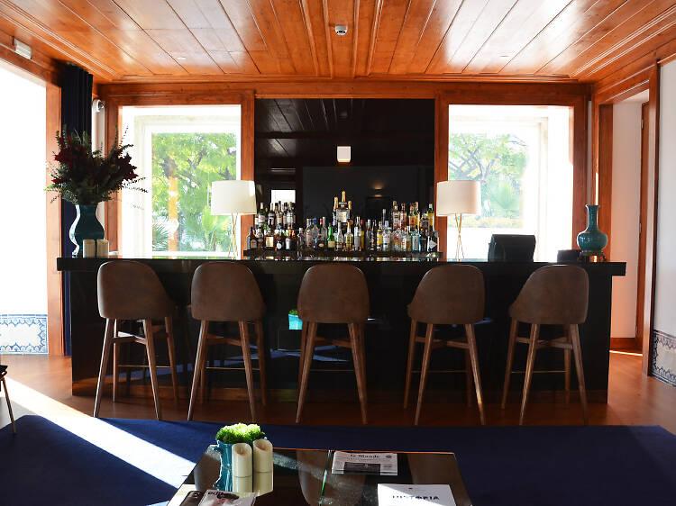 Occasus Bar – NAU Palácio do Governador Hotel