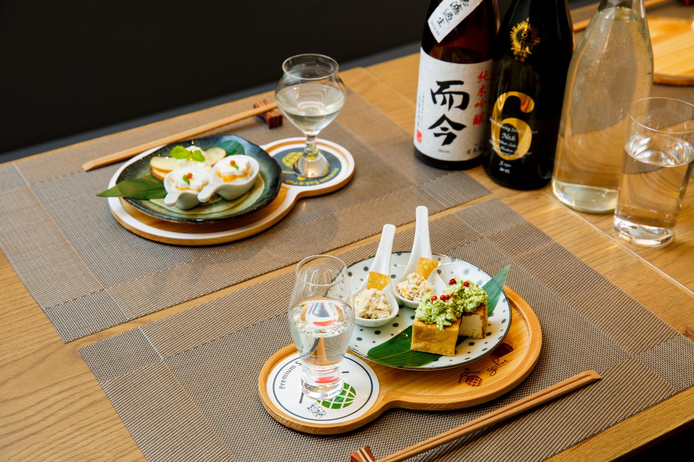 Premium Sake Pub Gashue
