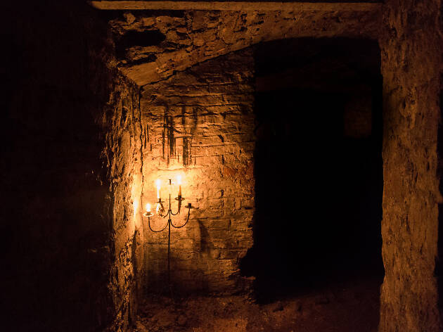 Edinburgh vaults lit by candlelight