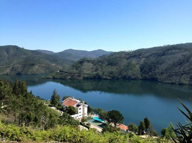 Lago Azul: à descoberta da Albufeira de Castelo do Bode