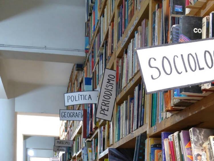 Librería Regia