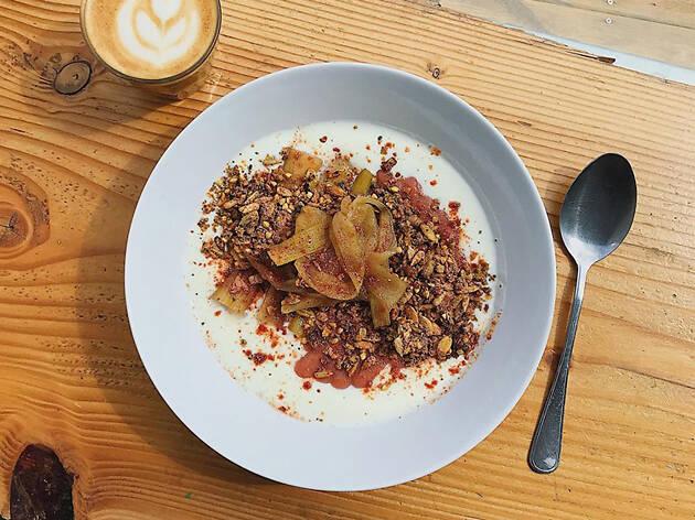 Brunch at Isla Coffee in Berlin