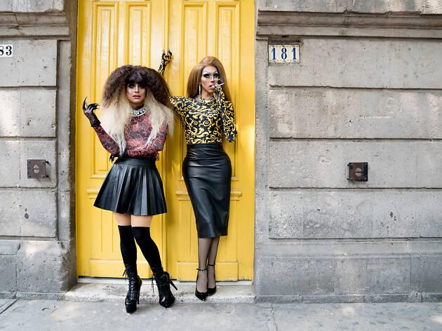 Entrevista con la drag Eva Blunt y la drag Amondi  Blunt