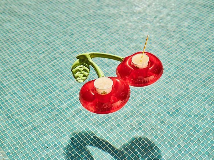 As bóias de praia para usar este Verão