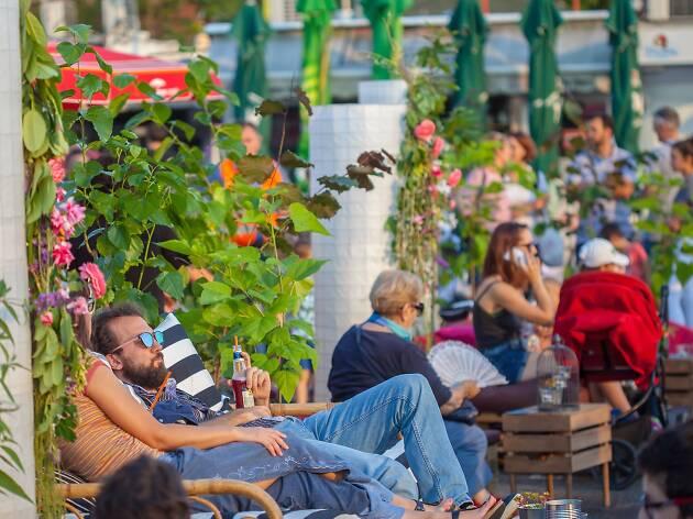 Plac-Mljac: Summer at Trešnjevka Market