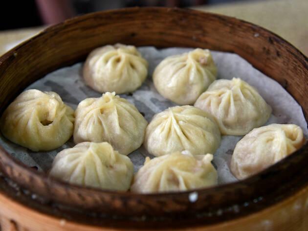 Generic dumplings in a bamboo steamer