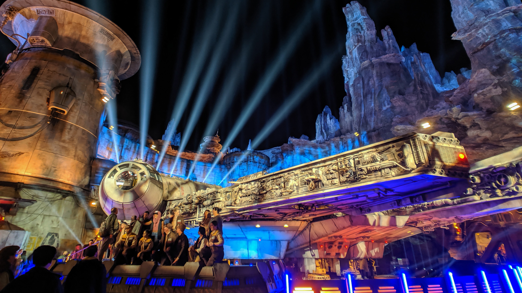 The 6 things you need to see and do at Disneyland's Star Wars: Galaxy's Edge