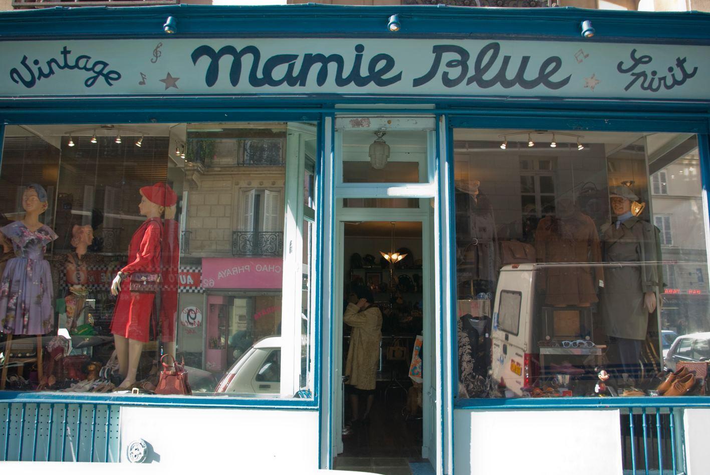 © Mamie Blue