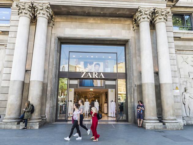 Botiga de Zara al passeig de Gràcia, 16.