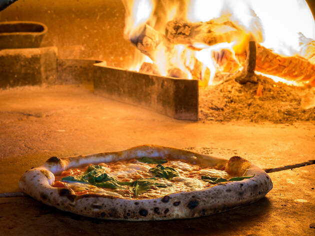 Where to eat the best pizza in Milan