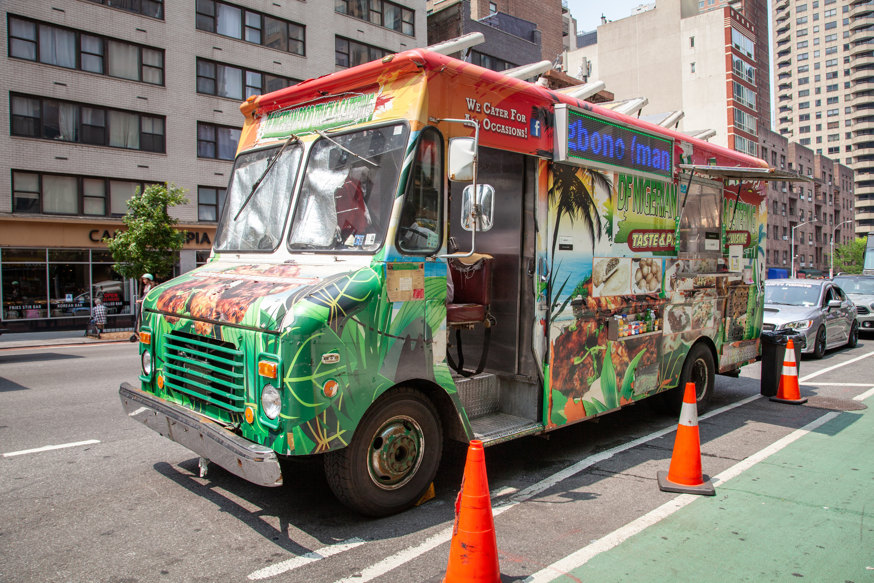 7 Best New York Street Food Vendors For Delicious Quick Bites