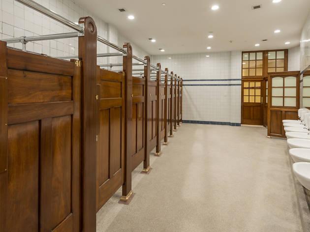 Ladies' bathroom stalls at Museum Station.