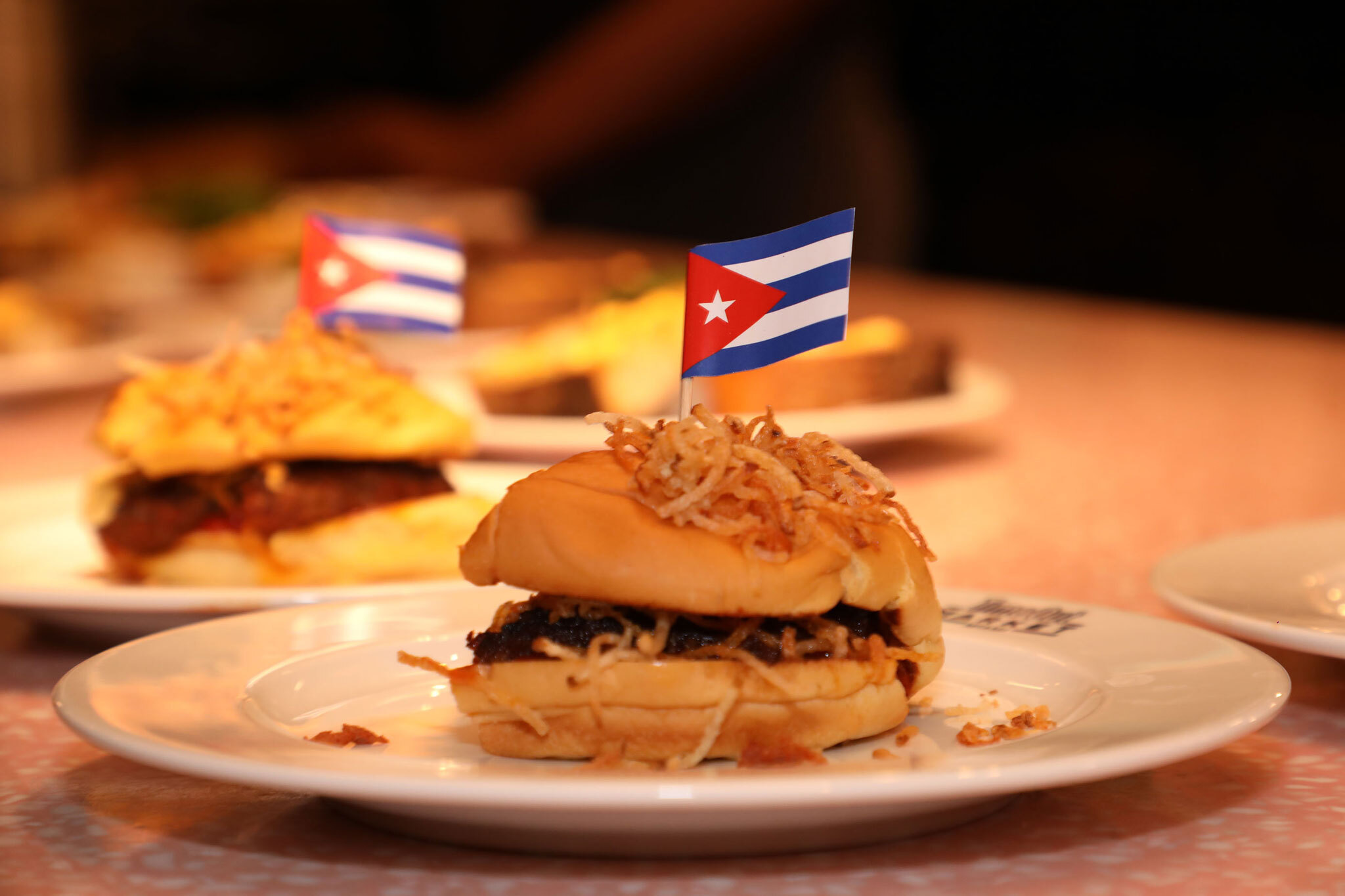 Food Envy: Leña's Frita classic