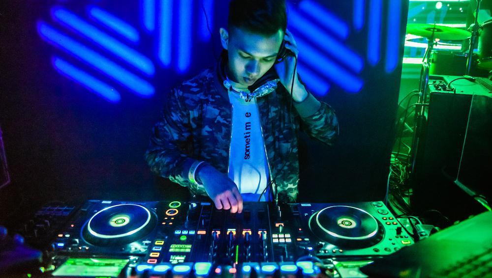 Pop Studio DJ