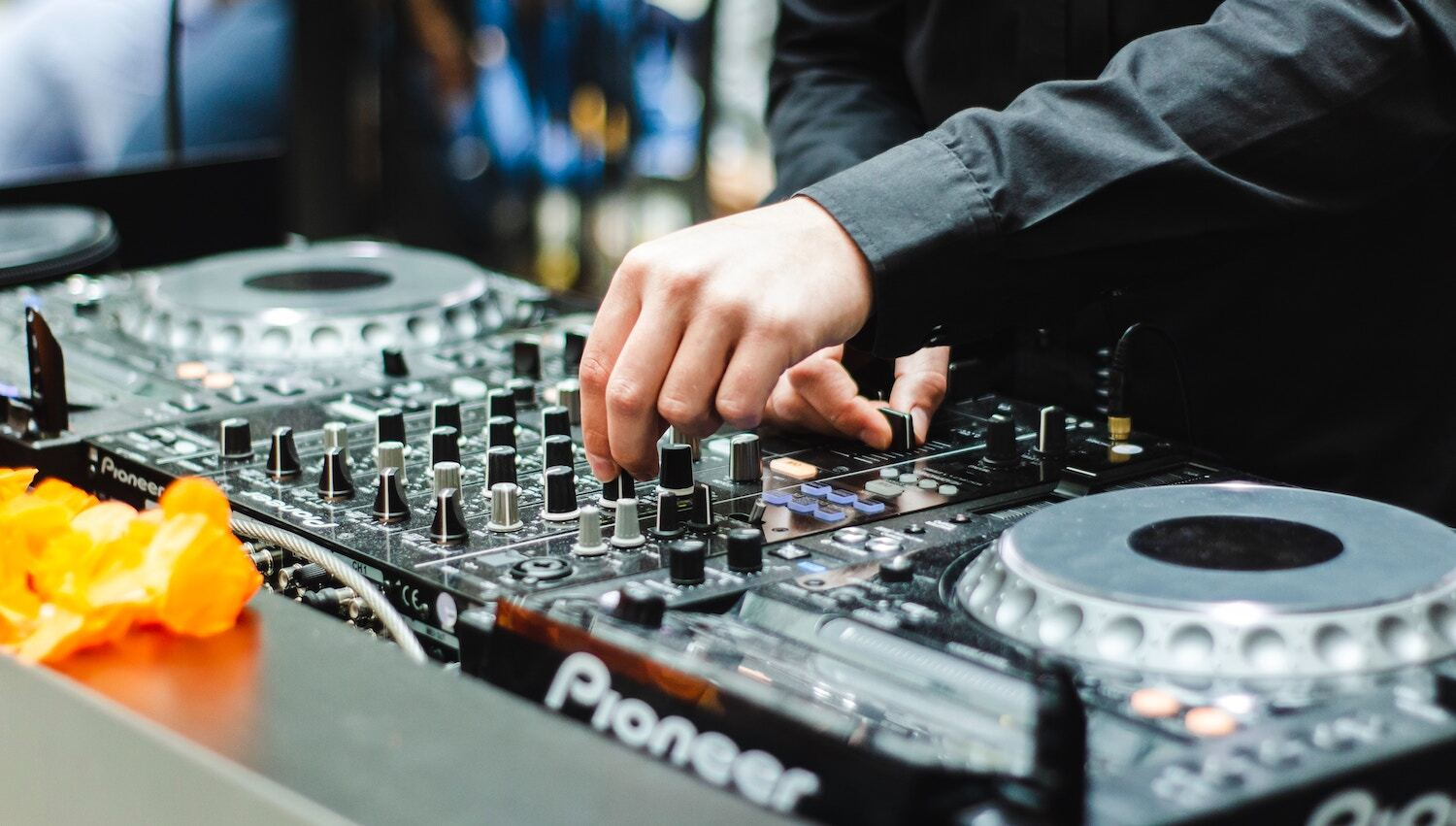 The best DJ classes in Singapore