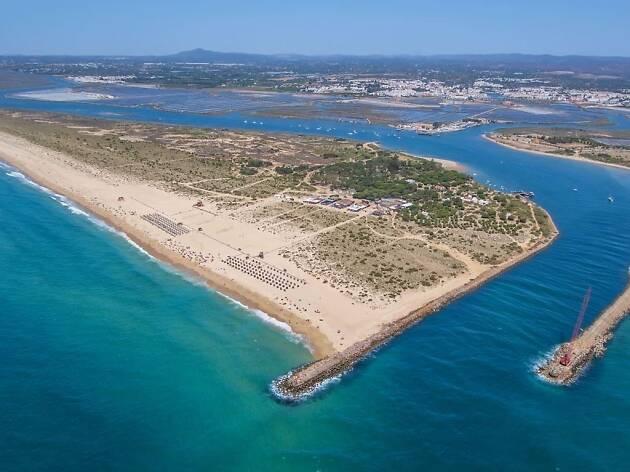 Praias no Algarve para fugir à Maré Vermelha
