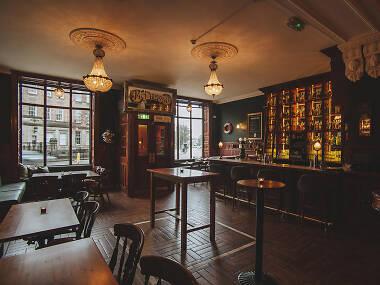 14 Best Pubs in Edinburgh Right Now