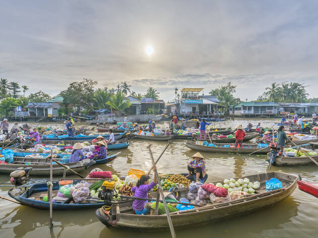 cai rang floating market - can tho vietnam