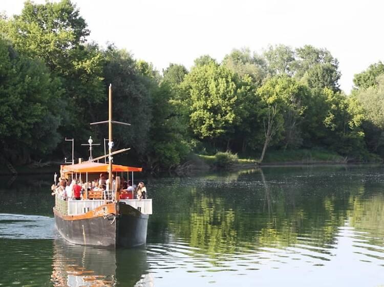 Karlovac Grain Boat