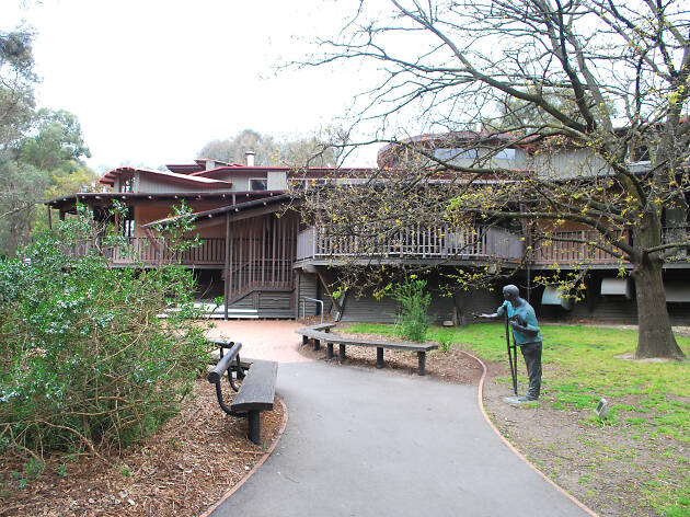 Eltham Library exterior