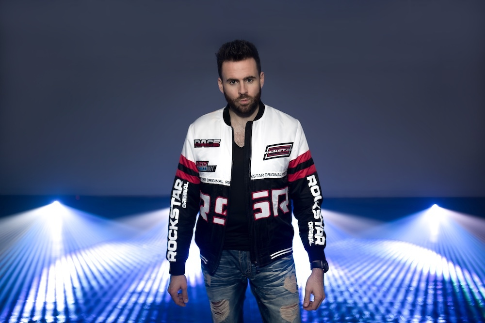 Transfix presents Gareth Emery supported by Hong & Che'Molly