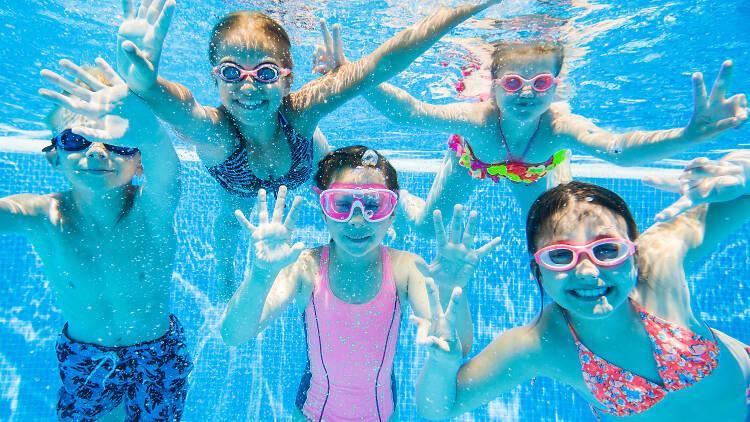 piscina nens