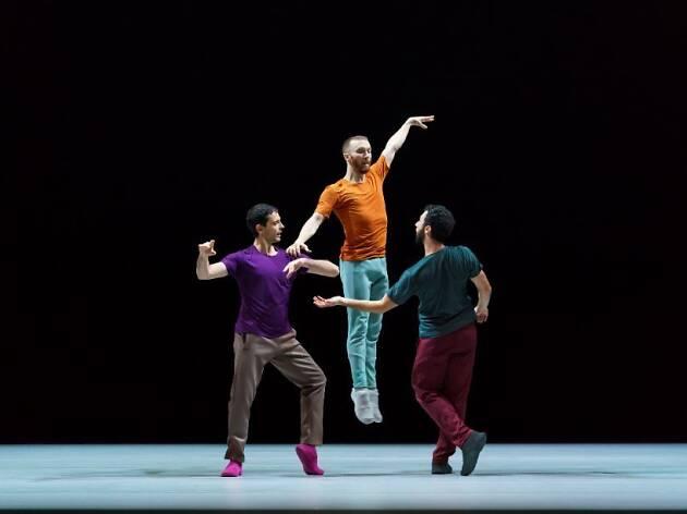 Os bailarinos de Forsythe carregam a história da dança no corpo