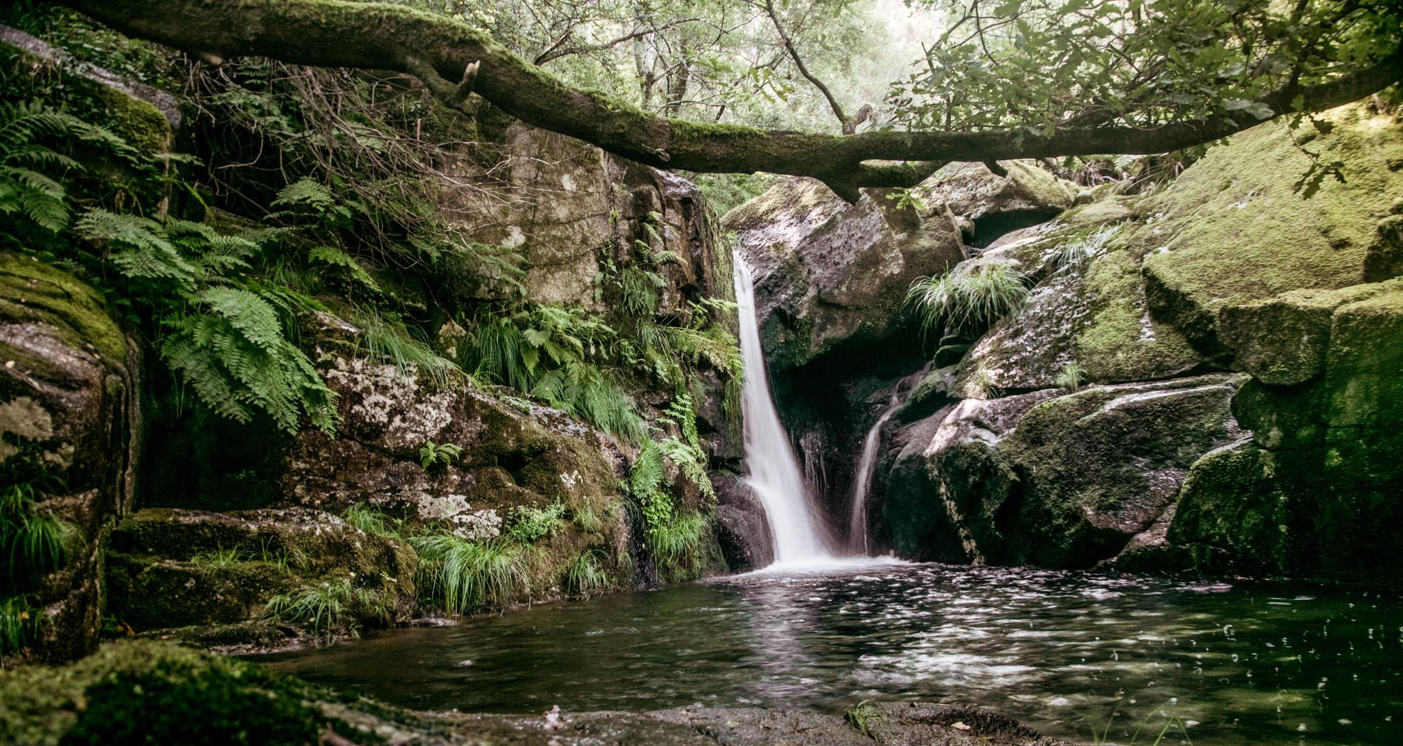 Piscinas naturais em Portugal para mergulhar na natureza