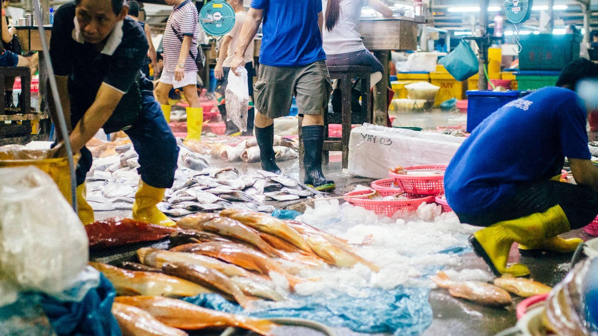 9 Best Wet Markets in Singapore