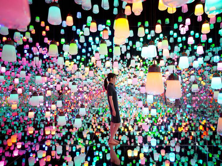 Explore Tokyo's teamLab Borderless digital art museum with these videos