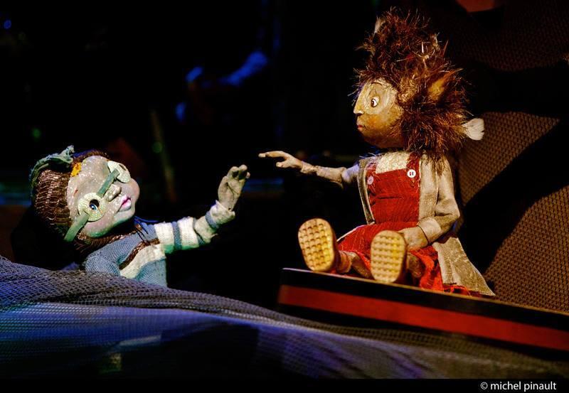 L'Illusion, Théâtre de marionnettes