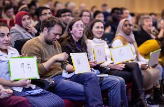 Crowd scoring poetry slam contestants