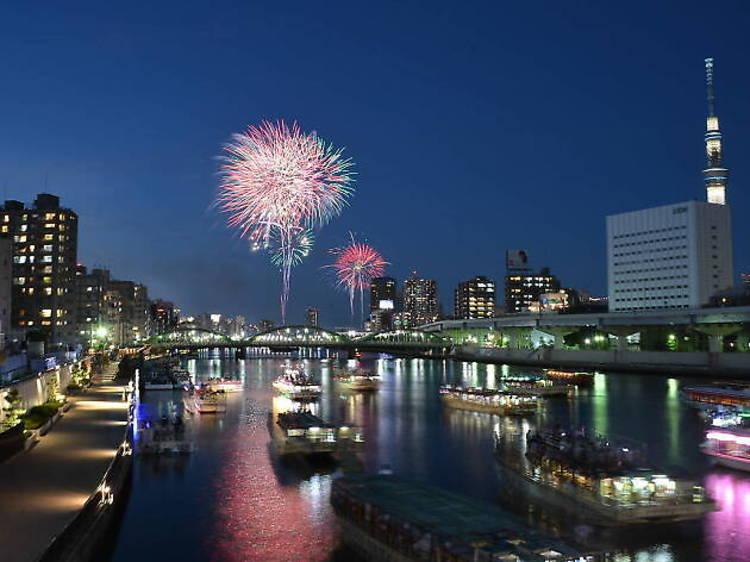 隅田川:花火大會