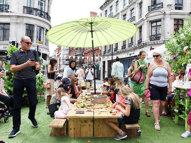 Summer Streets on Regent Street