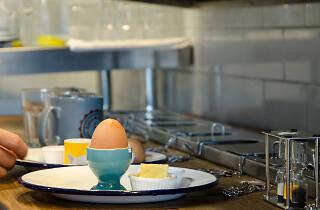 Eggs & Bread