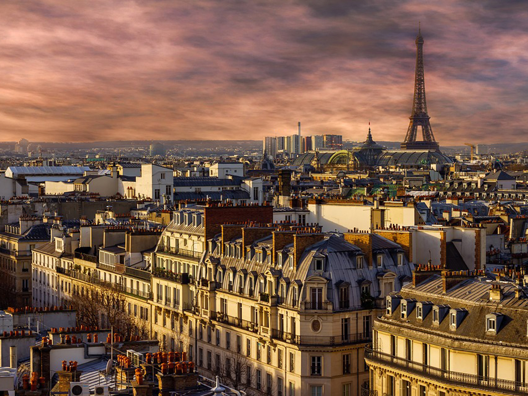 11 excellent Paris walking tours