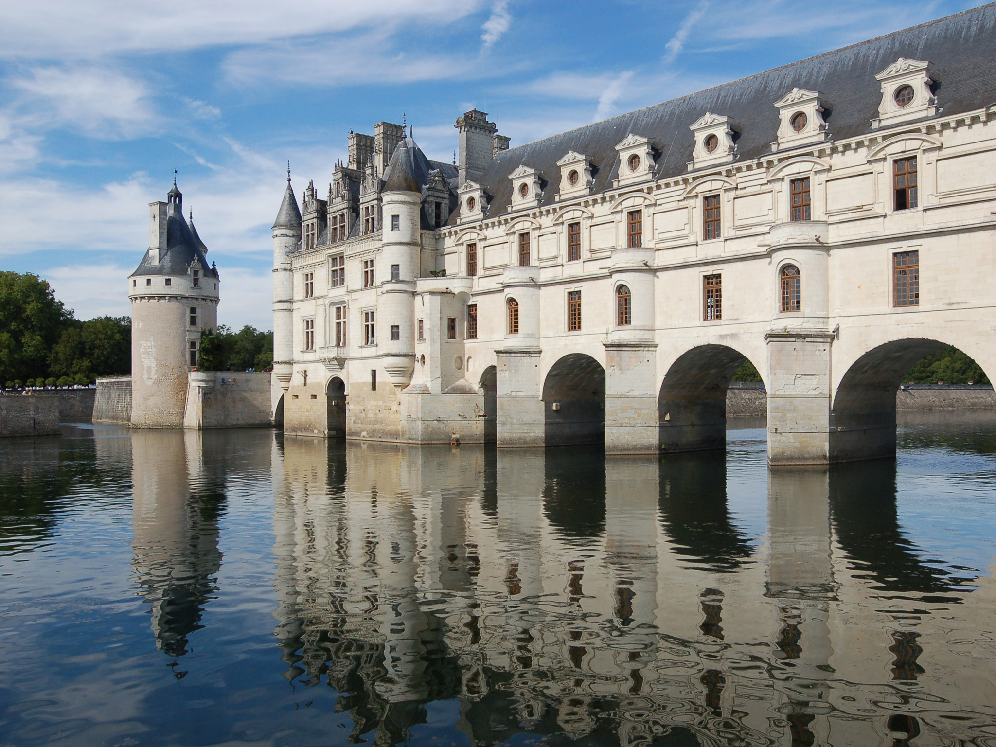 Château Chenonceau with moat in the Loire Valley