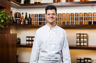 Chef Peter Ungár, tasting counter
