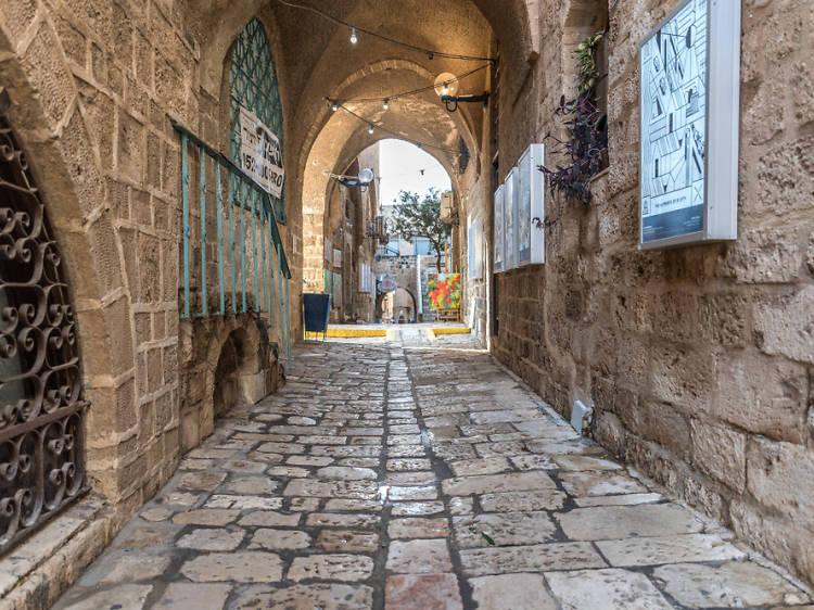 Gallery hop in Jaffa