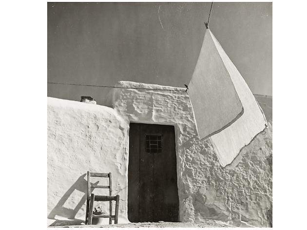 Eivissa (c. 1954) Eibissa. Museu Nacional d'art de Catalunya, dipòsit de l'artista 2011 © Arxiu Fotogràfic Oriol Maspons, VEGAP