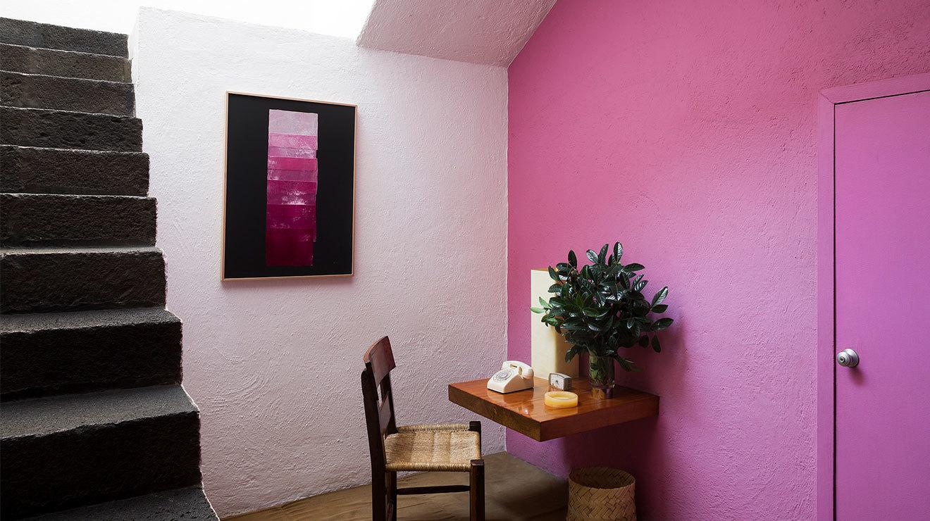 Exposición Double Skin de Yto Barrada en Casa Luis Barragan