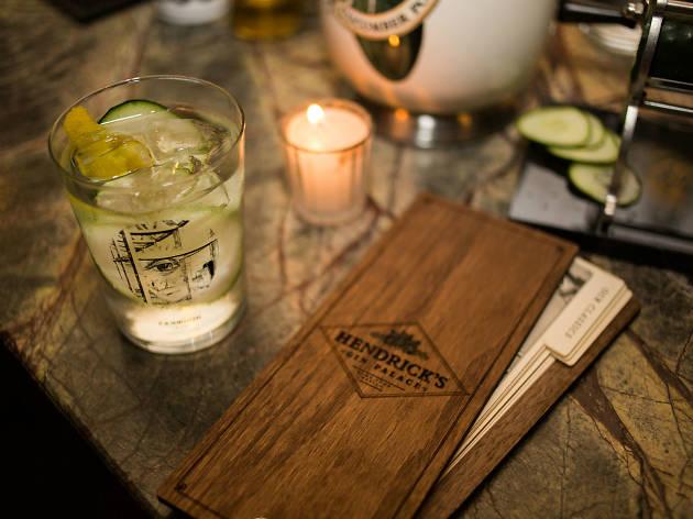 Aprende a preparar tus tragos favoritos con gin