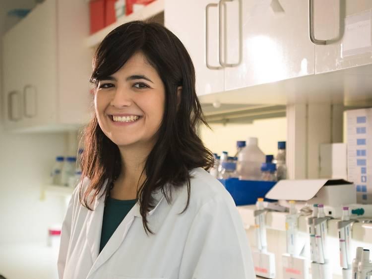 """Joana Caldeira, a investigadora que recebeu o Prémio L'Oreal """"Mulheres na Ciência"""""""