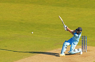 Re-live the Cricket World Cup Super Over