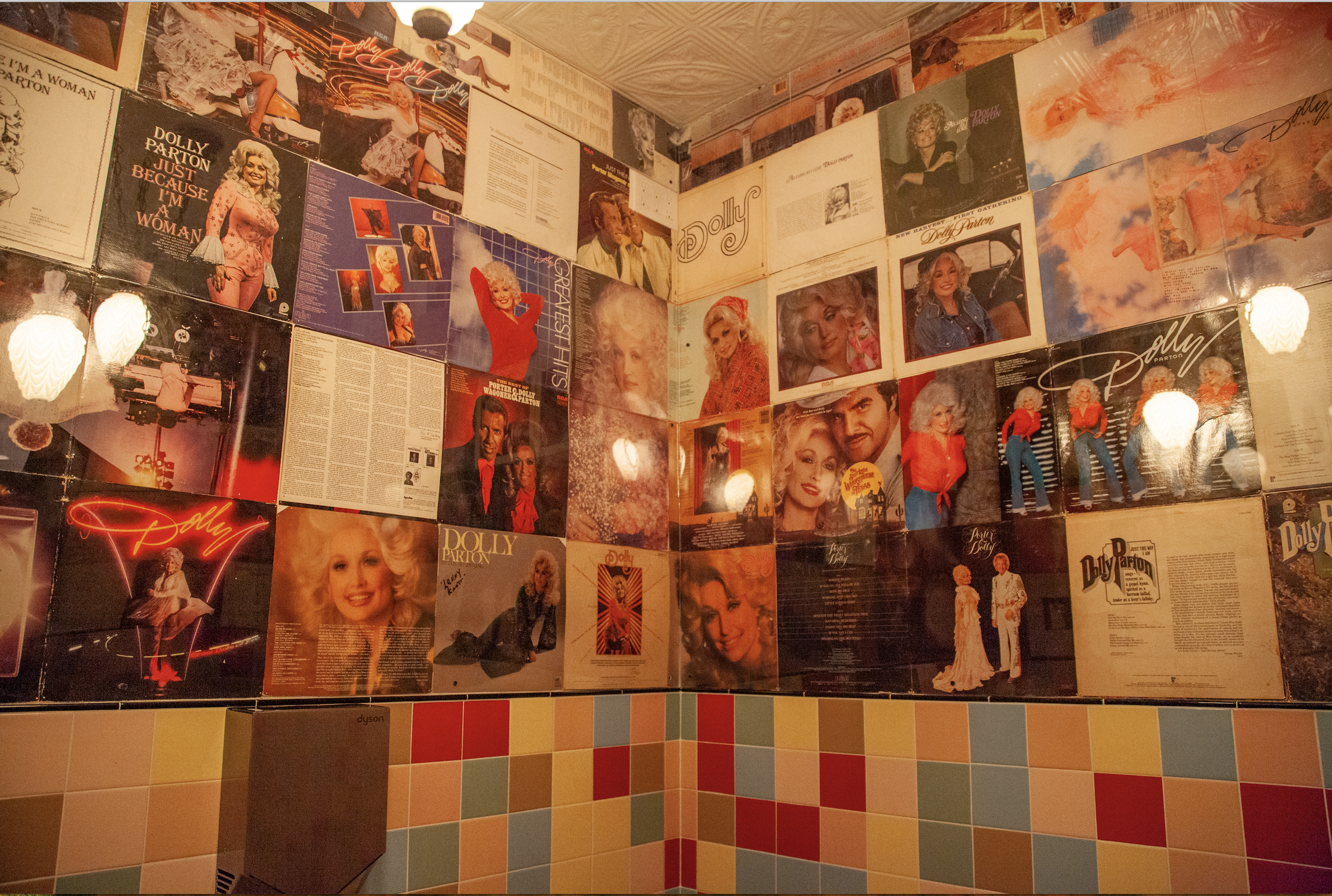 18 best bathrooms at restaurants and bars in NYC