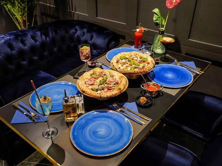 Franko's pizza & Bar