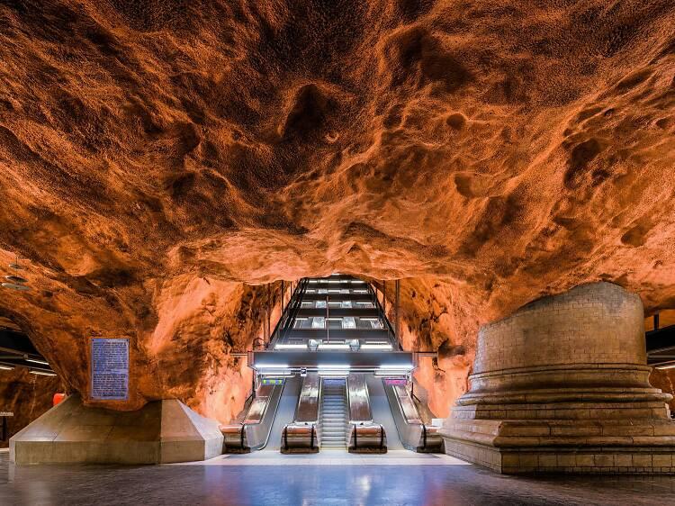 An apocalyptic underground art tour