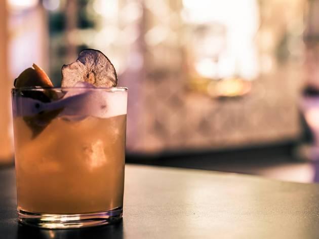 Noel Bar